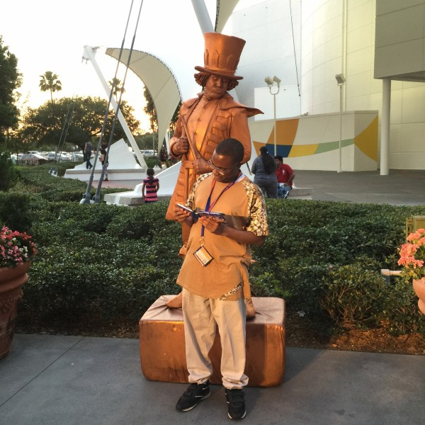 The statue reading my autograph book (May 1 2015)