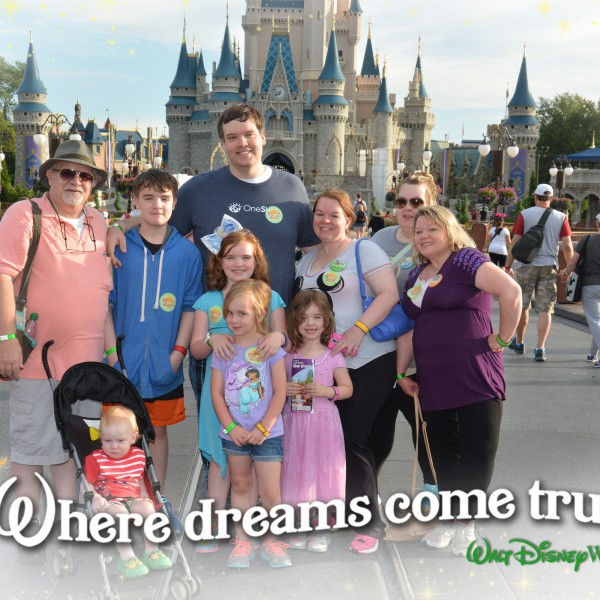 PhotoPass_Visiting_Magic_Kingdom_Park_CastleShot - Copy