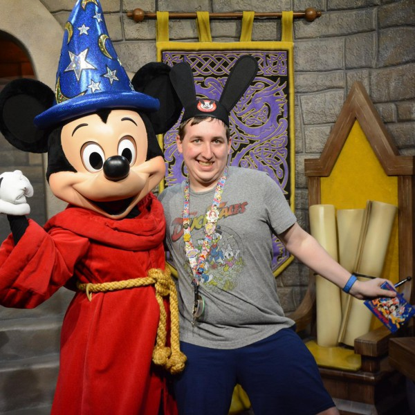 Sorcerer Mickey Mouse(1/2)