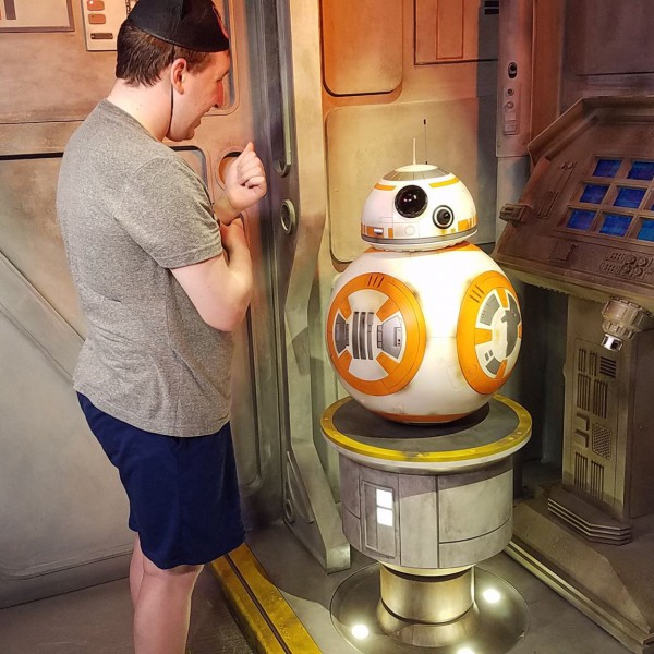 Telling BB-8 about Rey