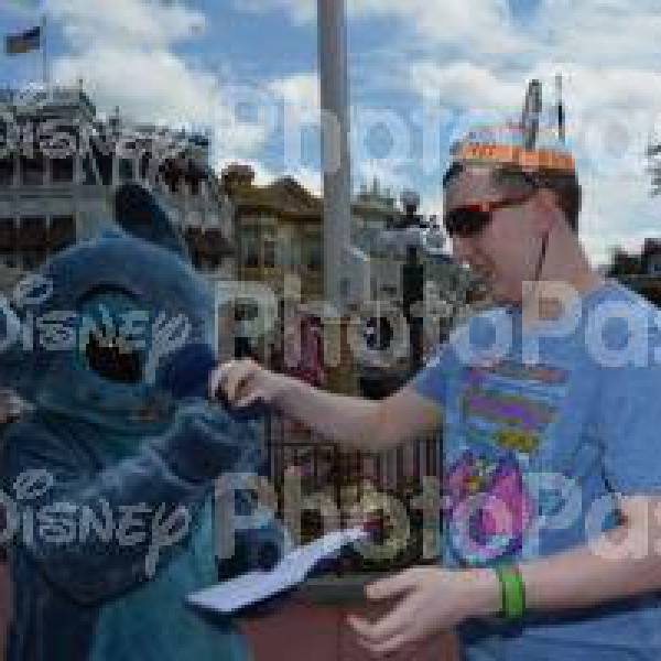 Getting Stitch to Sign my Book