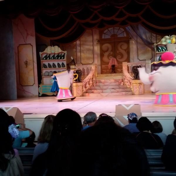 Belle Enters the Beast's Castle