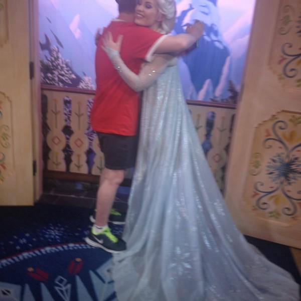 One More Warm Hug for Queen Elsa
