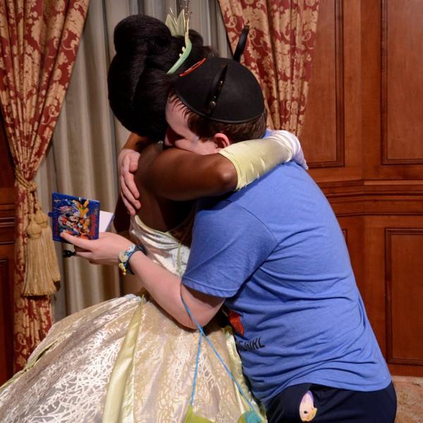 Hugging Princess Tiana(2017)