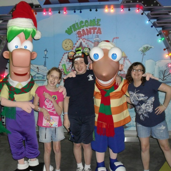 Meeting Phineas and Ferb(1/2)
