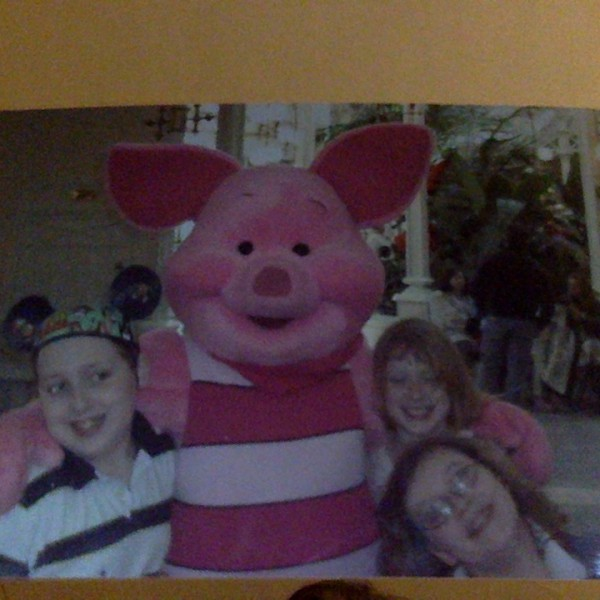 Siblings with Piglet(2010)
