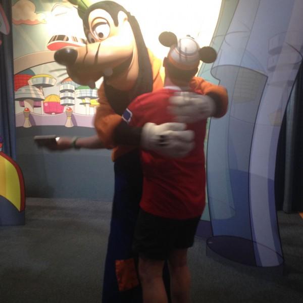 Hugging Goofy